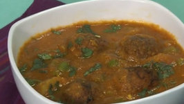 Bread Kofta Curry