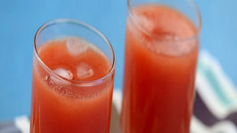 Tomato, Orange, Carrot and Papaya Juice ( Vitamin A and C) by Tarla Dalal