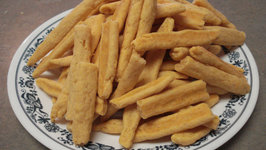 Mom's Melt-In-The-Mouth Cheese Straws