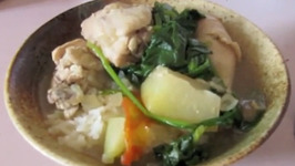 A Ridiculously Delicious Filipino Soup (Chicken Tinola Recipe)