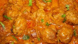 Nilgiri Kofta In Tomato Onion Gravy
