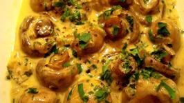 Stir Fried Creamy Garlic Mushrooms