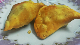 Potato Stuffed Samosa