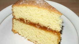 Basics Eggless Sponge Cake