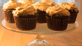 Chocolate Cupcakes with Fluffy Peanut Butter Frosting: Cupcake Show 8