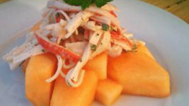 Culinary Carrie: Spicy Crab Salad on Chilled Cantaloupe