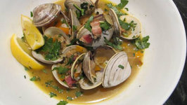 Clams In Broth