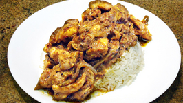 Classic Chicken Vindaloo with a Blend of Indian Spices