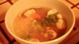 Thai Rice Chicken Soup ( Khao Tom Gai )