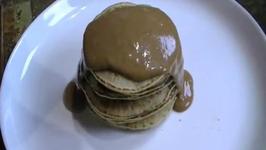 Pancakes with Organic Almond-Chocolate Sauce