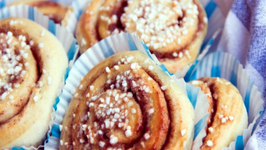 How to make Swedish Cinnamon Buns (Kanelbullar)