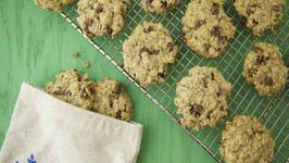 Gluten Free Vegan Oat Cookies: Meatless Monday Earth Day