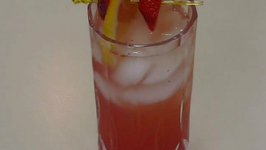 Betty's Refreshing Strawberry Lemonade