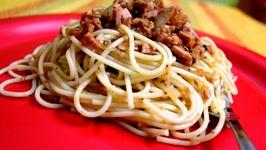 Spaghetti Pasta with Chunky Sausage Tomato Sauce