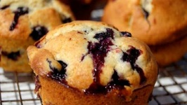Everybody's Favorite Blueberry Muffins