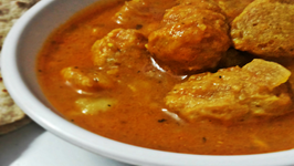 Aloo Soya Ki Sabzi (Potato and Nutrella Gravy)