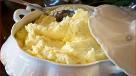 Yukon Gold Mashed Potatoes with Cream Cheese