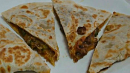 Lunch Box: Veggie Quesadilla