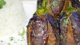 Gutti Vankai / (Masala Stuffed Eggplants)