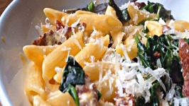 Chorizo and Spinach Pasta