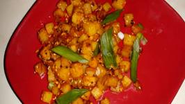 Bateta nu Shaak - Aaloo Sabji (Spicy Potato Hash Browns)