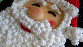 Cute Edible Santas From Around The World