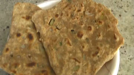 Mint Onion Parantha / Indian Flatbread