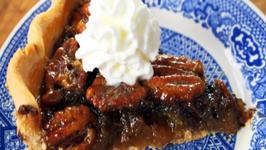 Dreamy Chocolate Pecan Pie