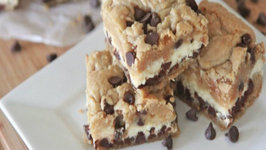Easy Chocolate Chip Cookie Cheesecake Bars