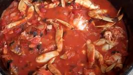 Outdoor Cast Iron Humboldt Dungeness Crab Stew