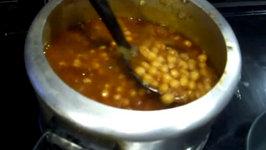 Punjabi Chole / Chickpea Curry / Chana Masala / Garbanzo Beans Indian