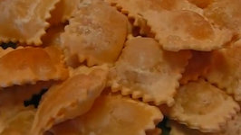 Betty's Deep Fried Cheese-Stuffed Ravioli -- (Great for Super Bowl Party)