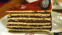 Grand Tiara Cake