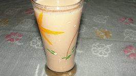 Kesar Elaichi Milk