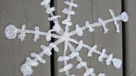 Hot Glue Glitter Snowflake Craft Tutorial