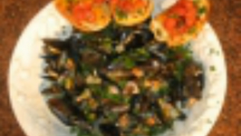 Mussels With Pancetta And White Wine