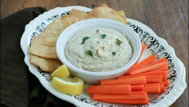 Tuscan Style Cannellini Beans Hummus