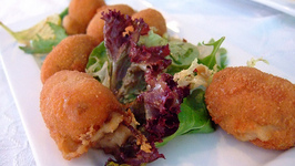 Chicken Croquettes With Sauce