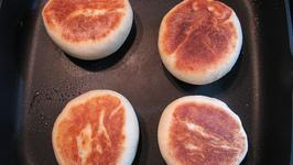 Traditional English Muffin Bread