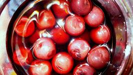 Norfolk Pickled Cherries