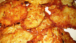 Potato Latkes With Homemade Applesauce