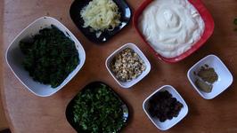 Spinach And Yogurt Salad