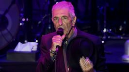 Legendary singer Leonard Cohen passes away
