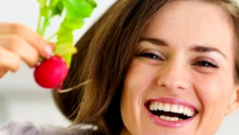 Radishes, Tomatoes, Other Natural Foods For Flawless Skin