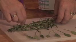 How To Freeze Cosmetic Herbs