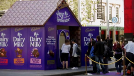 Vending Machine Dispenses Chocolate Based on Facebook Profiles