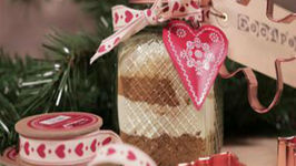 How To Make A Gingerbread Gift Jar