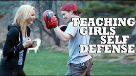 Teaching Cute Girls Self Defense Techniques