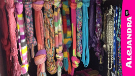 How to Organize Jewelry, Purses, Hats, & Scarves In The Closet