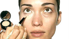 How to Cover Dark Circles with  Josie Maran Color Correction